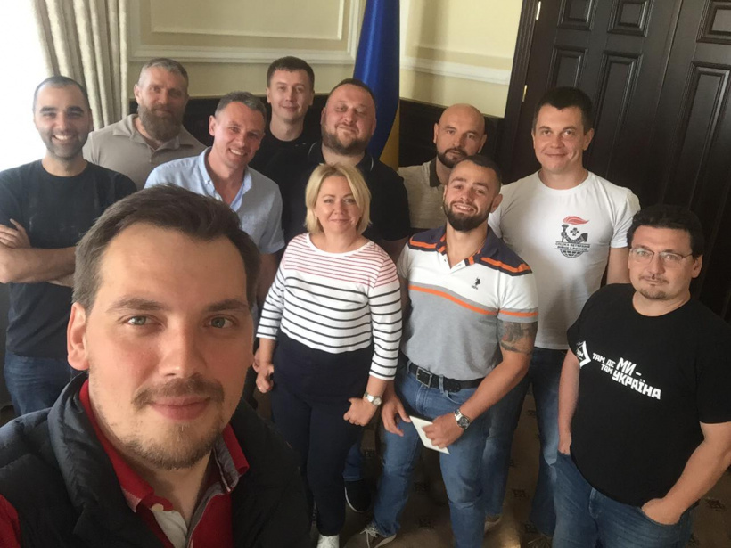 Prime Minister Oleksiy Honcharuk and newly appointed Minister of Veterans' Affairs Oksana Koliada met with a team of Veterans Movement of Ukraine