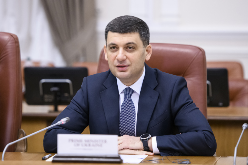 Volodymyr Groysman at a meeting with observers: The key Government's task is to guarantee free electoral process