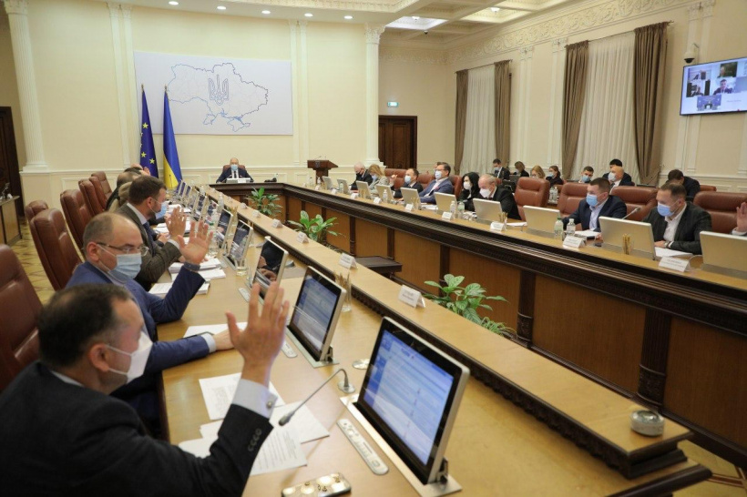 Government has adopted a series of decisions to solve the problems of Kherson region