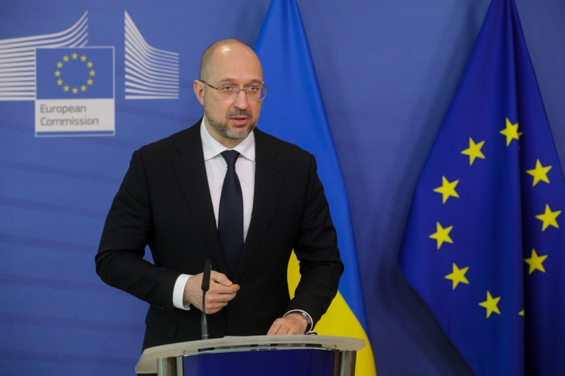 The EU will help Ukraine to obtain additional batches of the COVID-19 vaccine, says Denys Shmyhal during a visit to Brussels