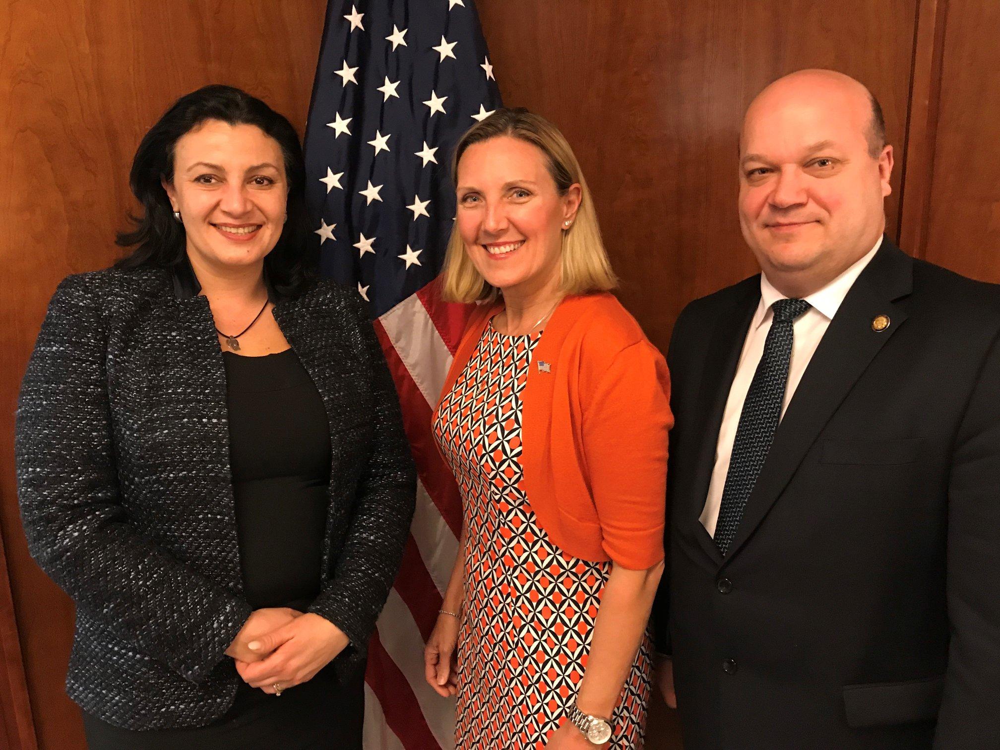 Кіберзагрози неможливо обмежити кордонами, ми готові співпрацювати з Україною, щоб запобігти їм, - заступник Державного секретаря США